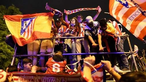 14-летний фанат Атлетико трагически погиб во время празднований чемпионства в Ла Лиге: видео