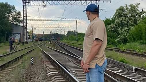 Укрзализныця обеспокоена поведением Усика на колее: фото