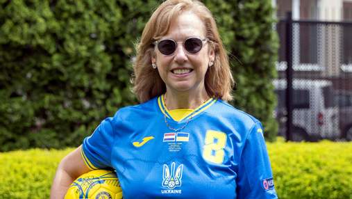 Запускають флешмоби та вдягають нову форму: як підтримують українську збірну з футболу