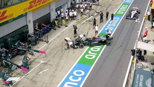 Боттас ледь не розбив свій Mercedes на піт-лейн та отримав покарання: відео