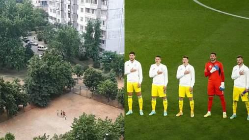 Украинцы растроганы: маленькие футболисты исполнили гимн во дворе на Троещине – видео