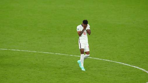 Лондон требует  данные пользователей из-за расистских оскорблений игроков сборной Англии