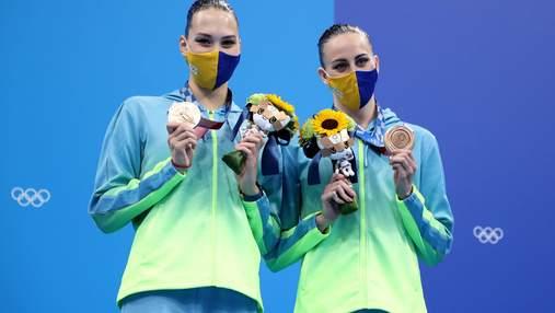 """Диктор случайно """"отобрал"""" у Украины бронзу по синхронному плаванию на Олимпиаде и отдал России"""