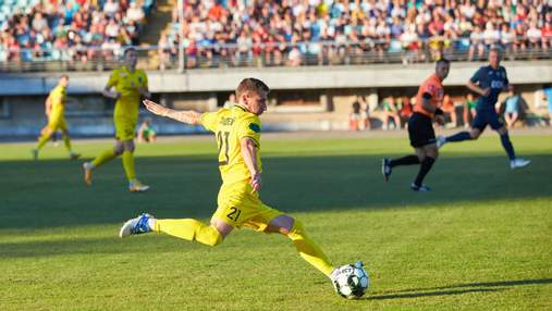 Воротар Металіста пропустив курйозний гол у матчі проти Прикарпаття: відео