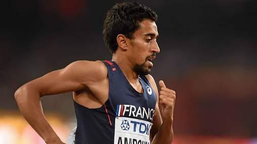 Французский спортсмен отличился позорным поступком во время марафона на Олимпиаде-2020: видео