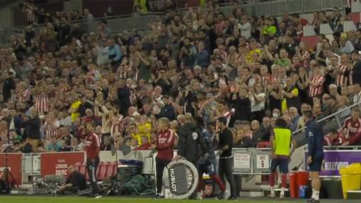 Встреча антигероя: фаны устроили овации Сака, который не забил решающий пенальти в финале Евро