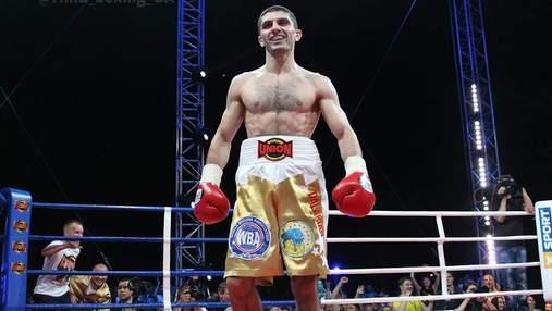 Украинский боксер Далакян узнал имя следующего соперника