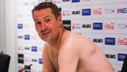 Тренер Антверпена пришел голышом на пресс-конференцию после выхода клуба в Лигу Европы: фото