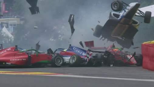У жіночій Формулі-1 сталася масова аварія на смертельному повороті: відео