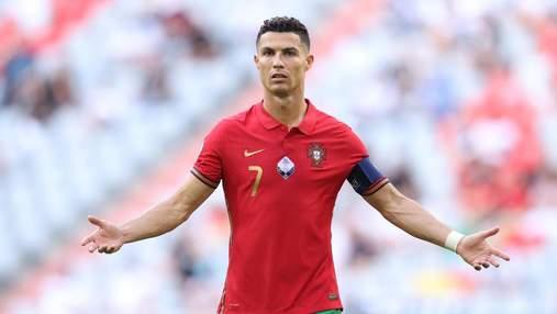 Роналду не забил пенальти за Португалию впервые с 2018 года: видео