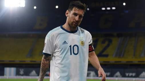 Едва не сломали Месси: видео жуткого фола на Лео в матче отбора ЧМ-2022