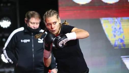 Бой украинской боксерки в Турции завершился большим судейским произволом: видео
