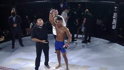 Боєць MMA встав після нокдауну і безжально нокаутував суперника: відео
