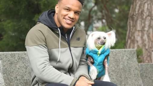 Как живет собака Каспер Жана Беленюка, который стал звездой инстаграма