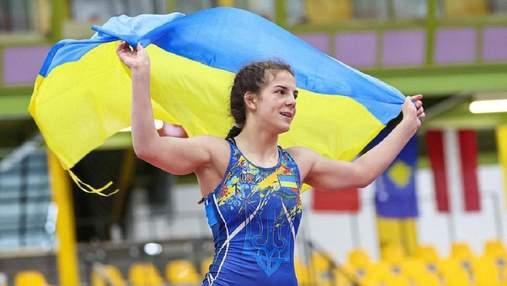 """Хоменець ефектно перемогла росіянку у сутичці за """"бронзу"""" чемпіонату світу з боротьби"""
