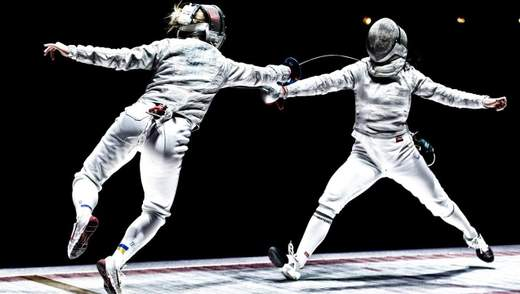 """В Україні представили фільм """"Танець із шаблями"""" про шлях українок до олімпійського золота: відео"""