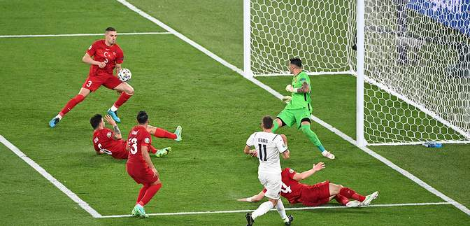 Автогол вперше став дебютним голом на Євро: як Демірал забив у власні ворота – відео