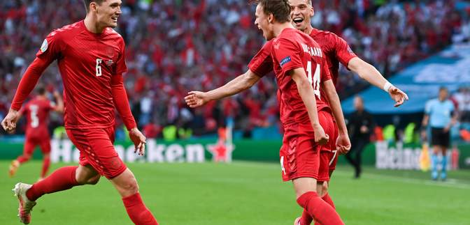 Данія прямим ударом зі штрафного відкрила рахунок у матчі з Англією: відео
