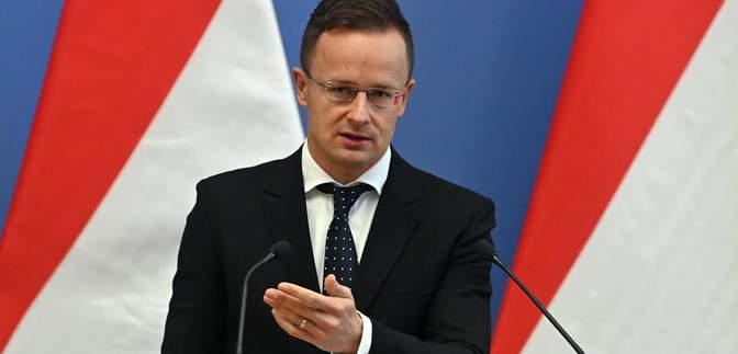 Жалюгідні боягузи, – Сійярто розкритикував УЄФА за покарання Угорщини після Євро-2020