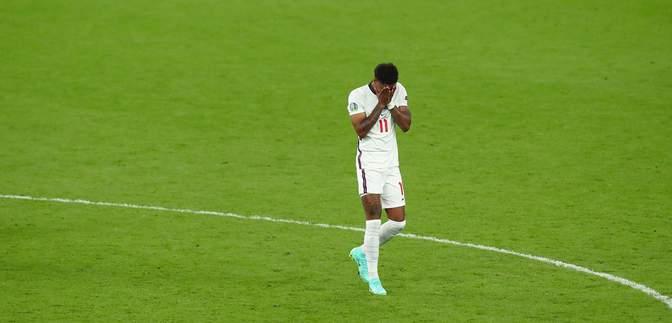 Лондон вимагає у соцмереж дані користувачів через расистські образи гравців збірної Англії